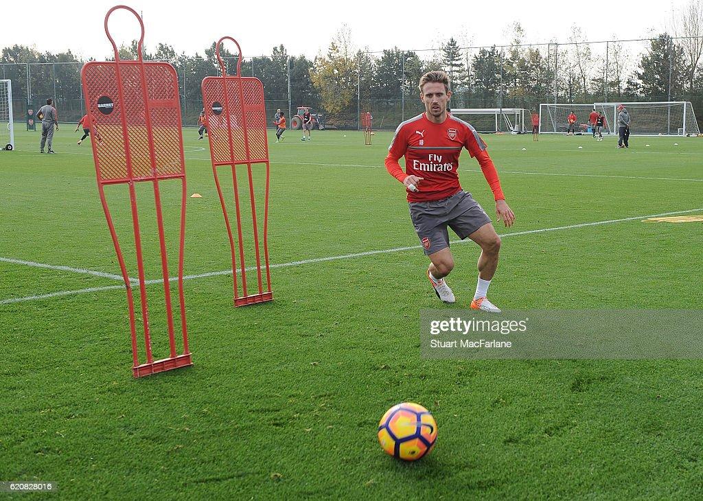 Arsenal Press Conference : News Photo