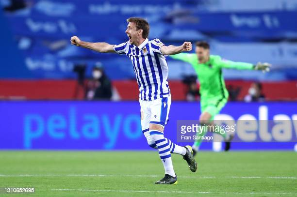 Nacho Monreal of Real Sociedad celebrates their team's victory at full-time after the Copa Del Rey Final match between Real Sociedad and Athletic...