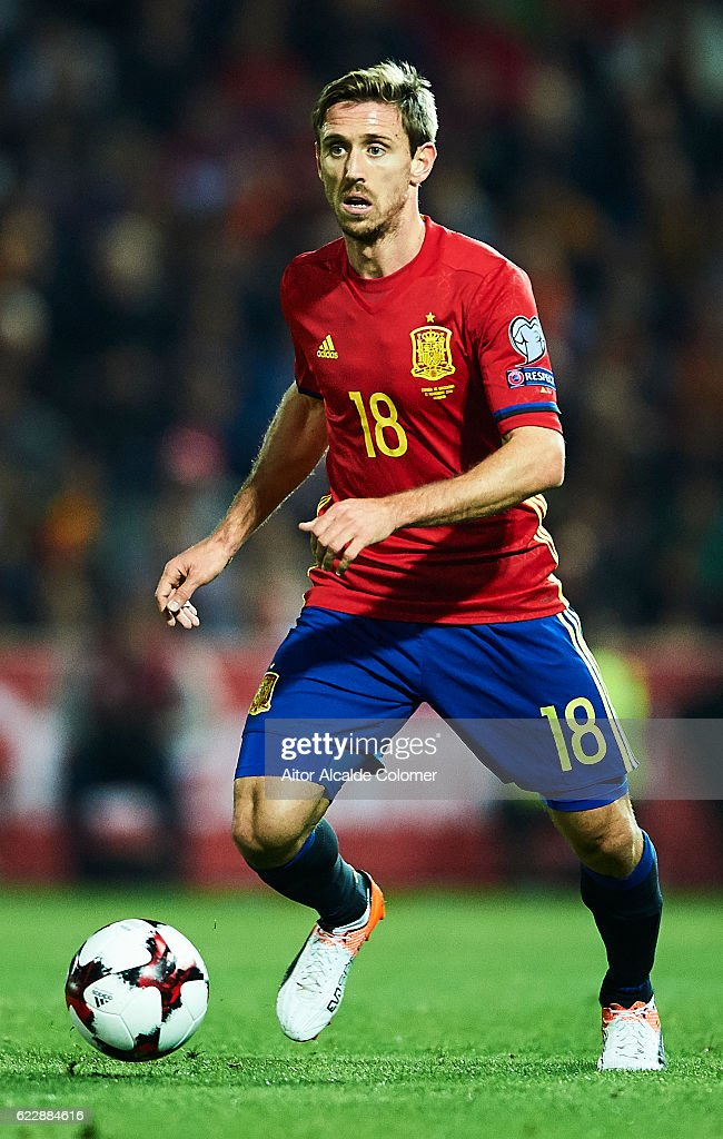 Nacho Monreal of Spain in action during the FIFA 2018 World Cup Qualifier between Spain and FYR Macedonia at Estadio Nuevos los Carmenes on November 12, 2016 in Granada, .