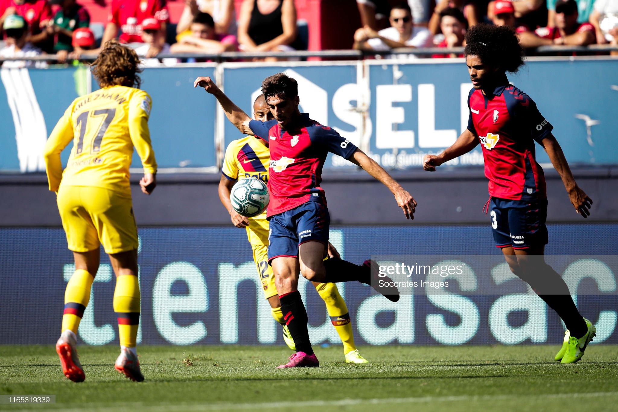 صور مباراة : أوساسونا - برشلونة 2-2 ( 31-08-2019 )  Nacho-vidal-of-ca-osasuna-during-the-la-liga-santander-match-between-picture-id1165319339?s=2048x2048
