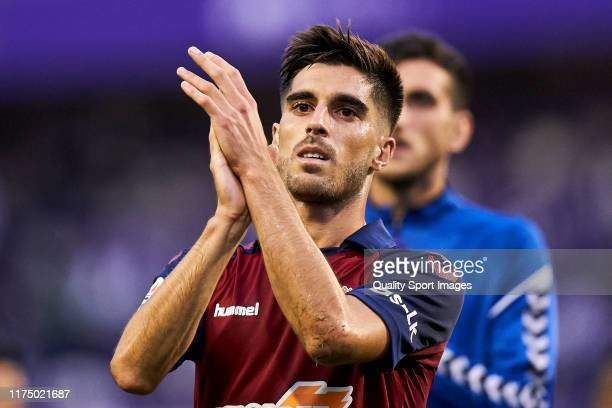 Nacho Vidal of CA Osasuna thanks fans for the support after the game during the Liga match between Real Valladolid CF and CA Osasuna at Jose Zorrilla...