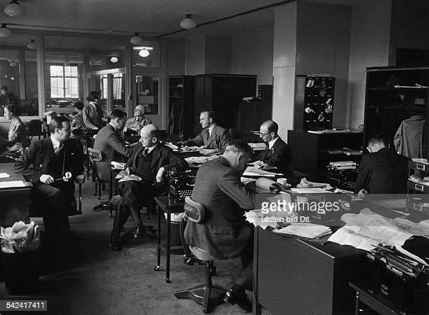 Nachrichtenagentur Reuters London Innenansicht Hauptredaktionsraum veröff 1940
