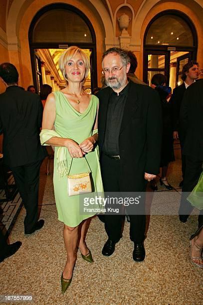 Nachrichtensprecherin Petra Gerster Mit Ehemann Christian Nürnberger Bei Der Verleihung Des 17 Bayerischen Fernsehpreis Im Prinzregententheater In...