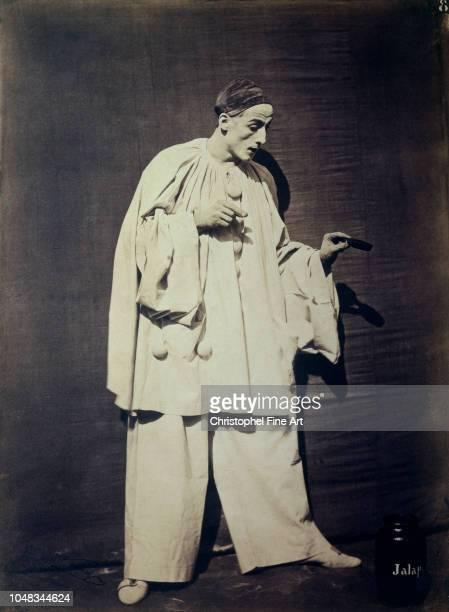 Nadar Felix Tournachon Debureau in Pierrot, 1854 Orsay Museum.