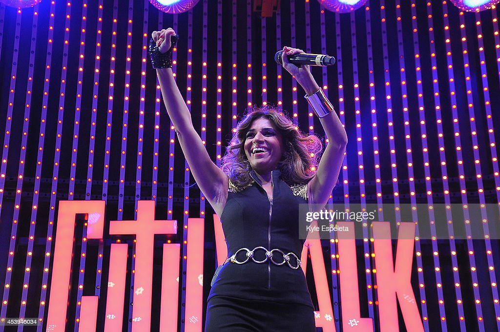 "Universal CityWalk's ""Music Spotlight Series"" Presents Nadia Ali And Grand & Warren Electrify In Concert : News Photo"