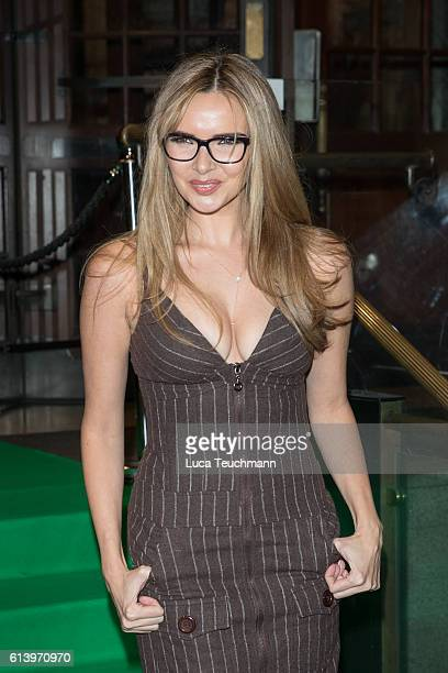 Nadine Coyle attends the Spectacle Wearer of the Year awards on October 11 2016 in London England