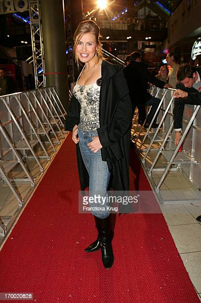 """Nadine Krüger On Stage At The Presentation Of The Germany premiere cinema film """"Alexander"""" In Cinedom in Cologne 171204."""