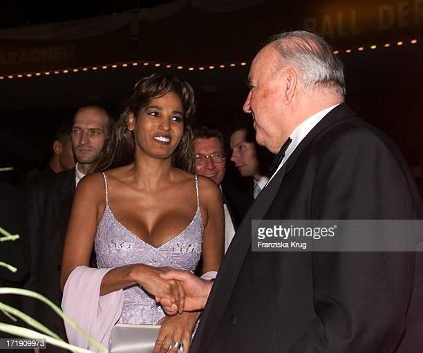 Nadja Abd El Farrag und Dr Helmut Kohl Beim 'Ball Der Sterne' In Mannheim Am 201001