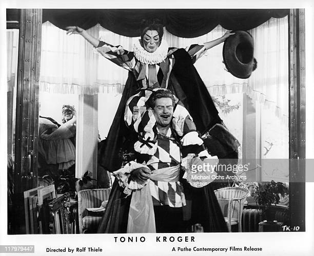Nadja Tiller on the shoulders of Walter Giller in a scene from the film 'Tonio Kroger' 1968