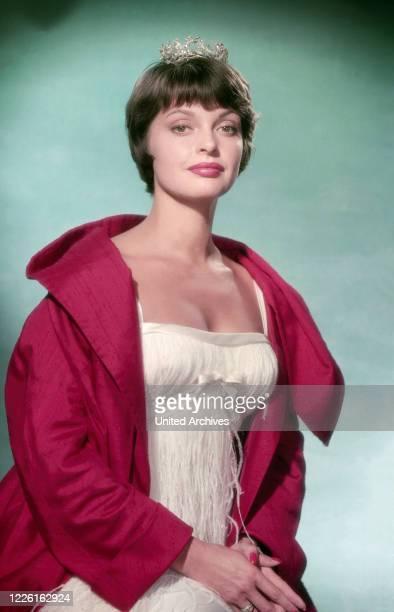 Nadja Tiller, österreichische Schauspielerin, Deutschland 1958. Austrian actress Nadja Tiller, Germany 1958.