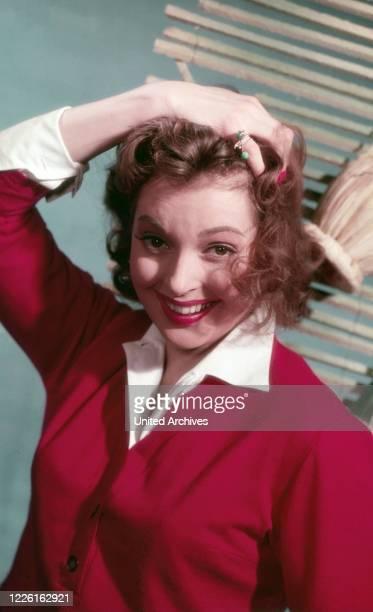 Nadja Tiller, österreichische Schauspielerin, Deutschland, circa 1959. Austrian actress Nadja Tiller, Germany, circa 1959.