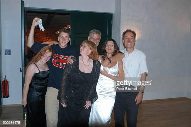 Nadja Wegner, Robert Wolf, Sylvia Wenzel, Bräutigam Rüdiger Joswig, Braut Claudia Wenzel, Wilfried Wenzel, , Hochzeit, Stolpe /Mecklenburg...