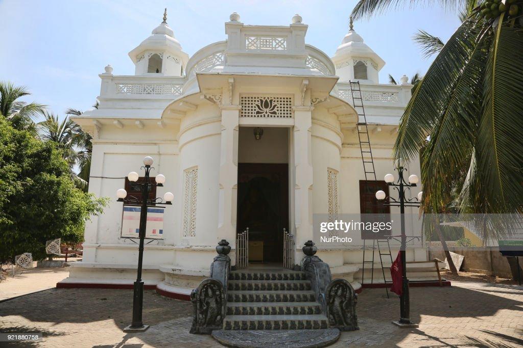 Nagadipa Vihara (Nagadeepa Nainativu Buddhist Temple) on Nainativu Island in the Jaffna region of Sri Lanka.