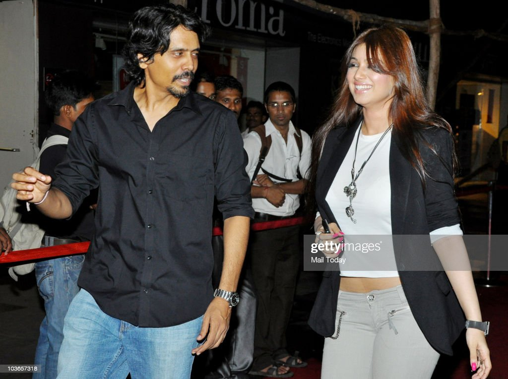 Nagesh Kukunoor with Ayesha Takia during the premiere of the film `Aashayein` in Mumbai on August 26 2010