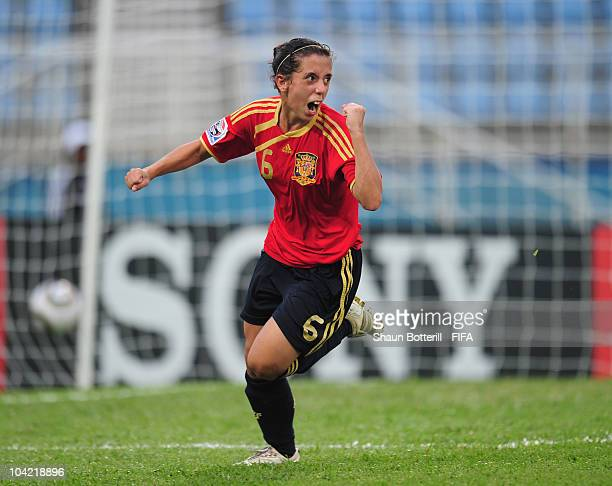 Nagore Calderon of Spain celebrates after scoring during the FIFA U17 Women's World Cup Quarter Final match between Spain and Brazil at the Ato...