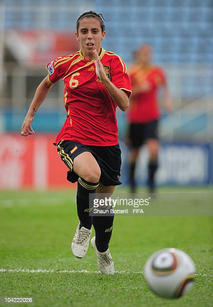 Nagore Calderon of Spain chases the ball during the FIFA U17 Women's World Cup Quarter Final match between Spain and Brazil at the Ato Boldon Stadium...