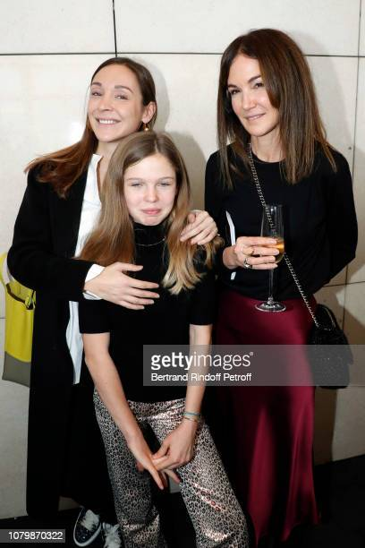 Naguissa Tajan Veronique Tajan and her daughter Eloise Tajan attend Cendrillon choregraphing by Rudolf Noureev during Reve d'Enfant Charity Gala at...