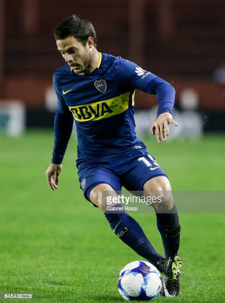 Nahitan Nandez of Boca Juniors drives the ball during a match between Lanus and Boca Juniors as part of the Superliga 2017/18 at Ciudad de Lanus...