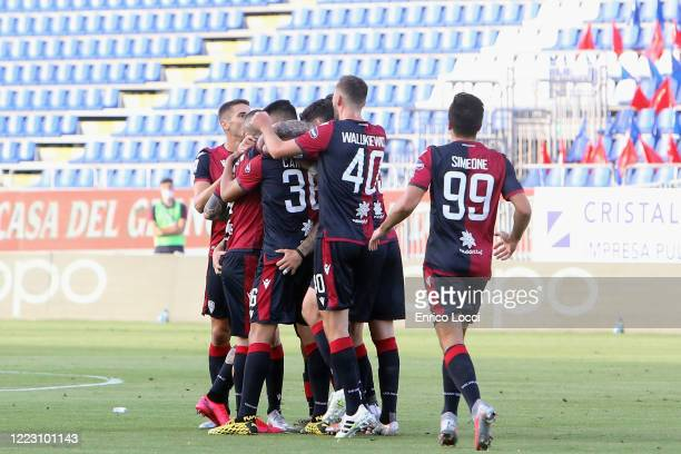 Nahitan Nandez of Cagliari celebrates his goal during the Serie A match between Cagliari Calcio and Torino FC at Sardegna Arena on June 27 2020 in...