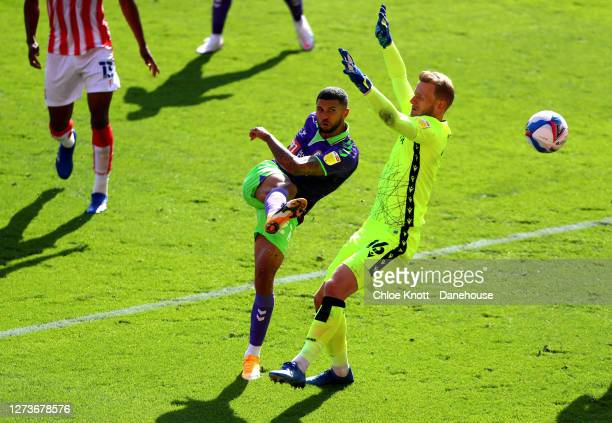Nahki Wells of Bristol City scores his teams first goal during the Sky Bet Championship match between Stoke City and Bristol City at Bet365 Stadium...