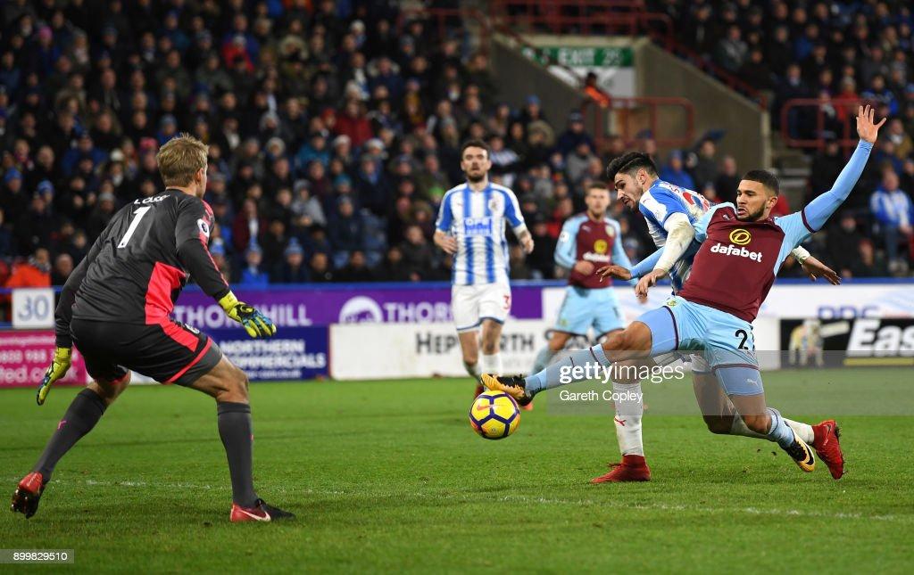 Huddersfield Town v Burnley - Premier League : News Photo