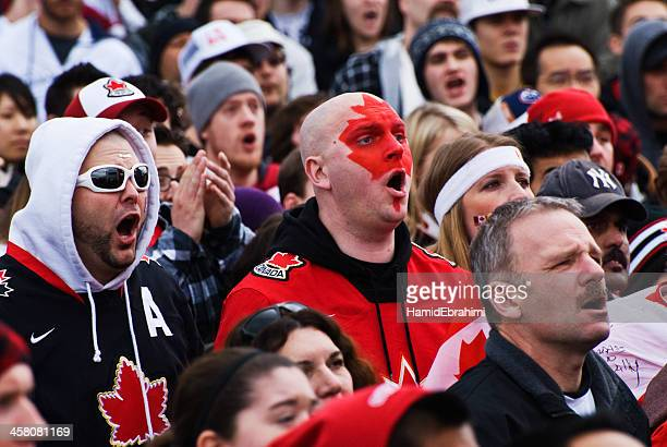 nail biting moments - ice hockey uniform stock pictures, royalty-free photos & images