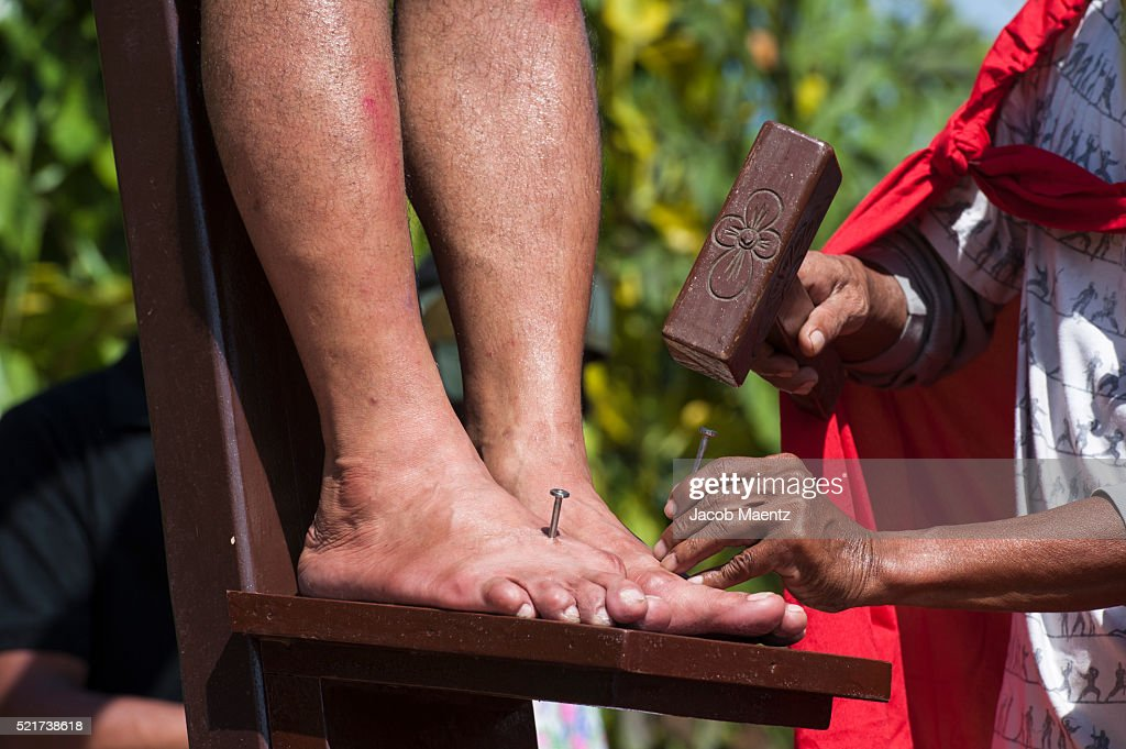 Nails hammered into Bargayo's feet : Stock Photo