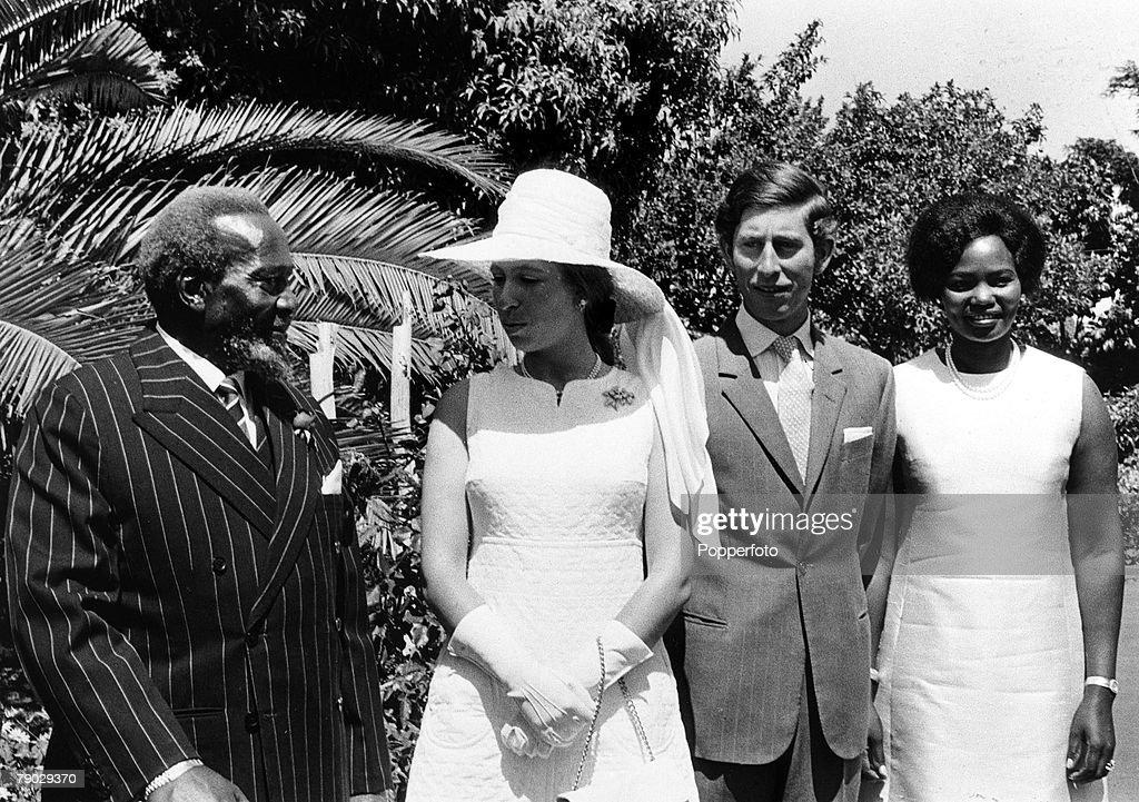 Nairobi, Kenya, Africa. 15th February 1971. Princess Anne chats to President Jomo Kenyatta of Kenya (left) as Prince Charles stands with the President+s wife Ngina. : News Photo