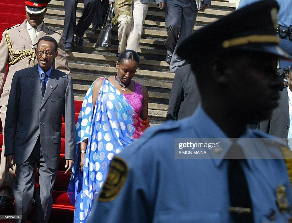 Rwandan president Paul Kagame and wife Janeatte Kagame arrive on the second day to attend the 12th two-day summit of the Common Market for Eastern and Southern Africa (COMESA) 23 May 2007 at UN headquarters in Nairobi. The heads of state and government are due to approve important steps toward customs union, set to be launched next year, after their trade ministers last week agreed on a common external tariff deal.