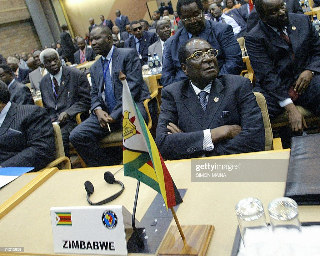 Zimbabwean President Robert Mugabe attends 22 May 2007 the opening session of the 12th two-day summit of the Common Market for Eastern and Southern Africa (COMESA) at UN headquarters in Nairobi. The heads of state and government are due to approve important steps toward customs union, set to be launched next year, after their trade ministers last week agreed on a common external tariff deal.