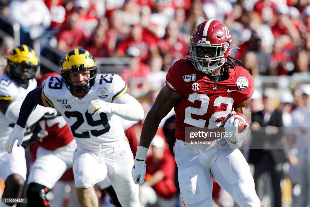 Vrbo Citrus Bowl - Michigan v Alabama : News Photo