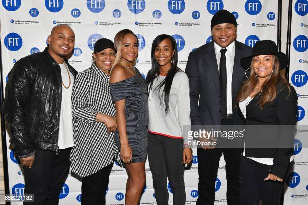 Najee Smith Ondrea Smith Samaria Leah Smith Italia Smith LL Cool J and Simone Smith attend The Fashion Institute of Technology's 2017 Commencement...