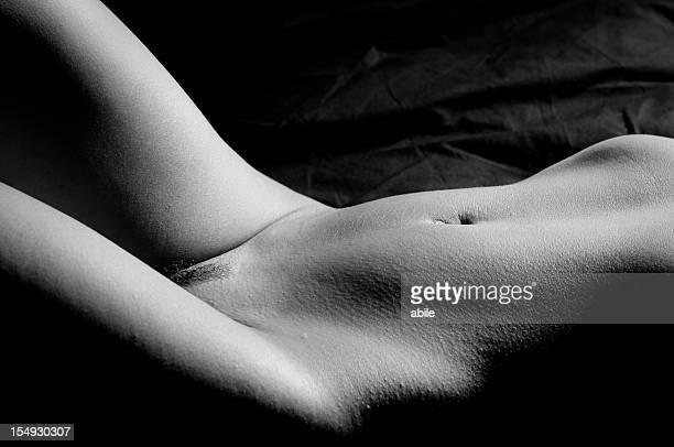 Corps nu sexy d'une femme