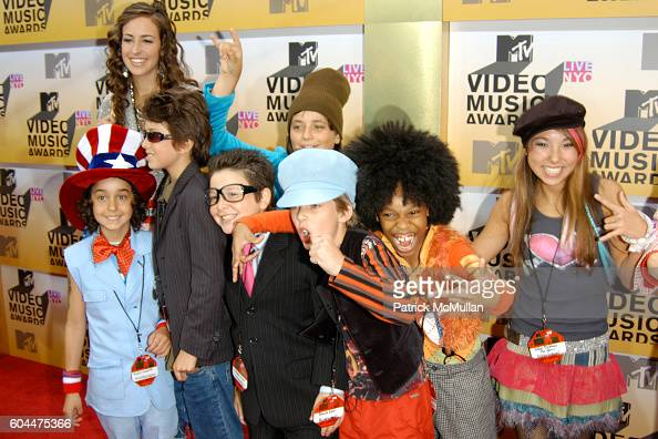 Naked Brothers Band Attends 2006 Mtv Video Music Awards At -3822