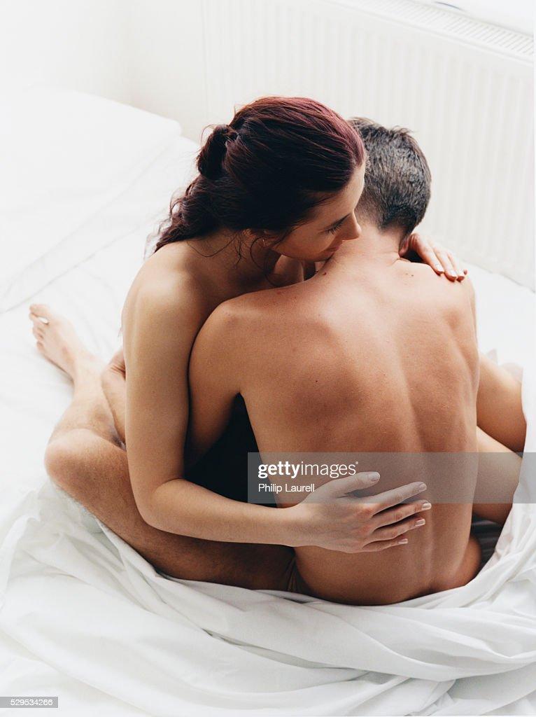 Нравится ли мужчине когда его царапает девушка, видео порно вечеринки в россии