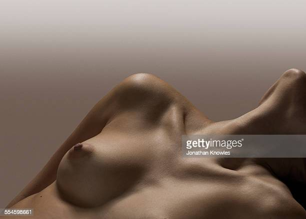 naked female, female breast, no face - beautiful bare breasted women stock pictures, royalty-free photos & images