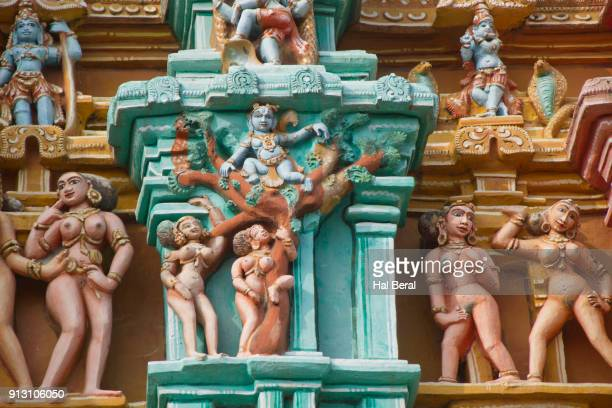 naked females decorate the srirangam temple - nude hindu women stock photos and pictures