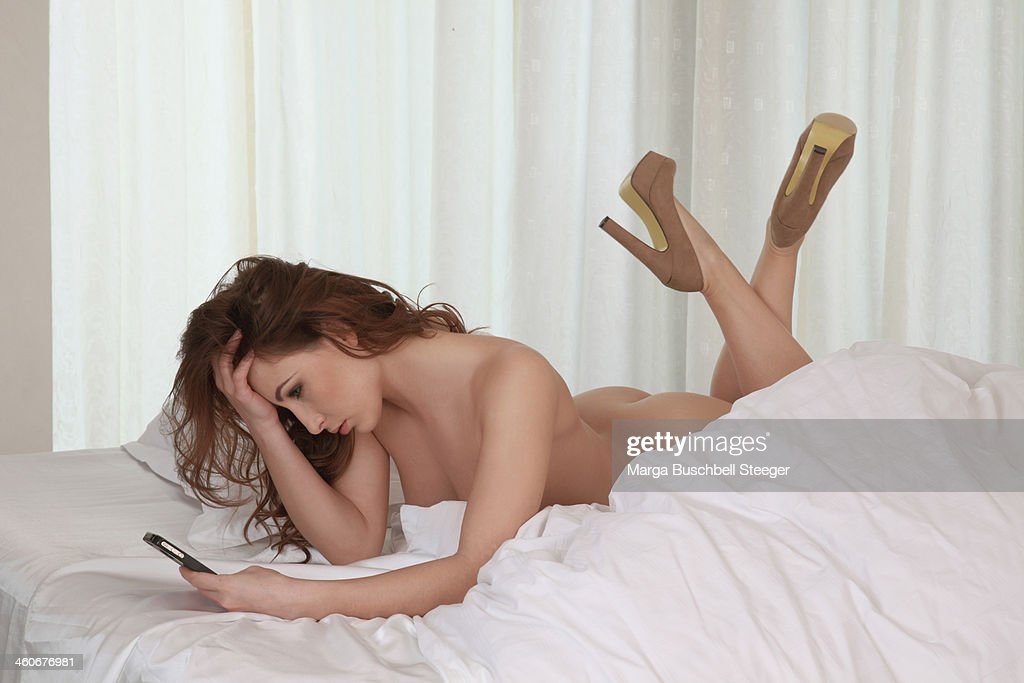 Naked woman on telephone picture 597