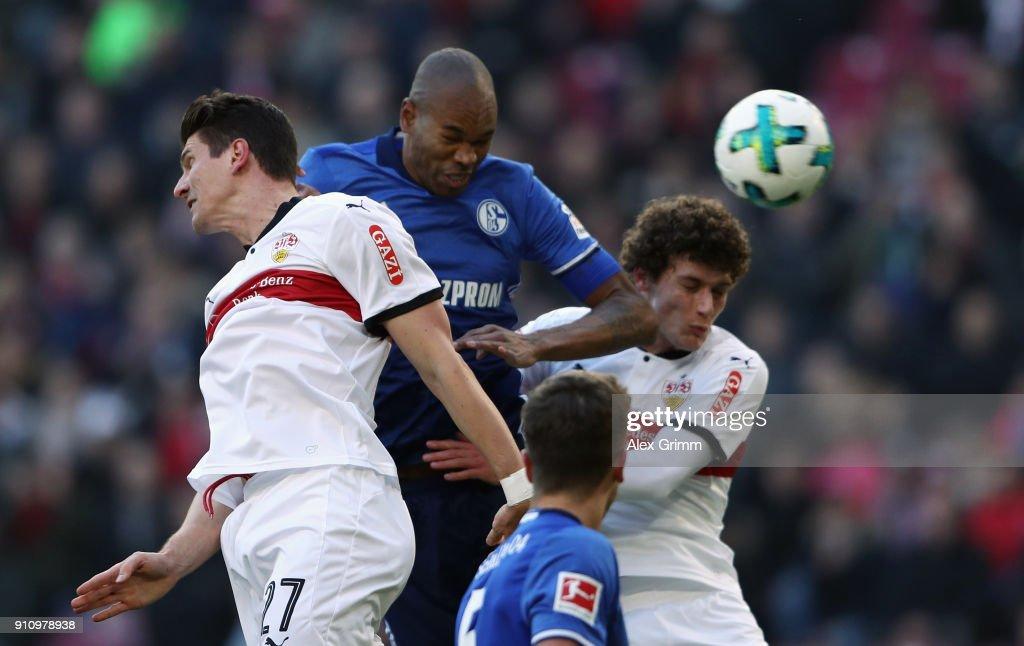 Naldo of Schalke scores his team's first goal against Mario Gomez of Stuttgart during the Bundesliga match between VfB Stuttgart and FC Schalke 04 at Mercedes-Benz Arena on January 27, 2018 in Stuttgart, Germany.