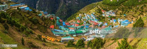 namche bazaar sherpa trading post village panorama teahouse lodges nepal - khumbu stock pictures, royalty-free photos & images