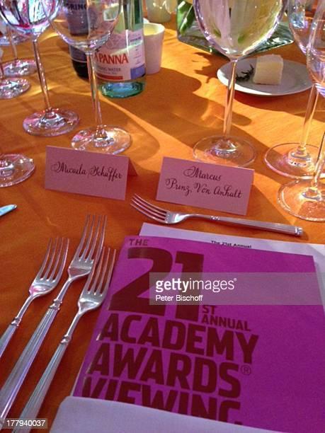 """Namensschilder von Micaela Schäfer und Prinz Marcus von Anhalt bei 21. """"Aids-Hilfe-Party"""" , Los Angeles, Kalifornien, USA, Amerika, Hollywood, Model,..."""