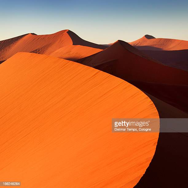 namibia, dune 45, sossusvlei - dietmar temps stock pictures, royalty-free photos & images