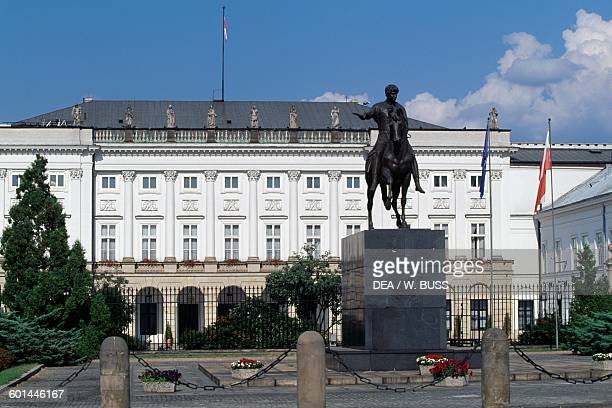 Namiestnikowski palace 17th19th century official residence of the President of Poland with the statue of Prince Jozef Poniatowski in the centre...