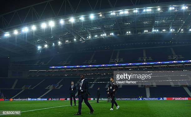 Nampalys Mendy of Leicester City walks off the ptich after taking a look around the stadium prior to kick off during the UEFA Champions League Group...