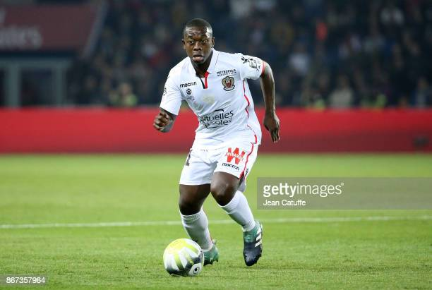 Nampalys Mendy of OGC Nice during the French Ligue 1 match between Paris SaintGermain and OGC Nice at Parc des Princes stadium on October 27 2017 in...