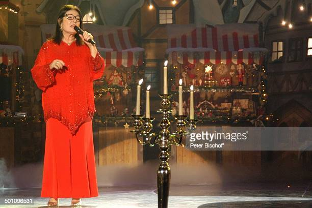 """Nana Mouskouri, 5. BR-Benefiz-Gala """"Sternstunden-Gala"""", Frankenhalle, Nürnberg, Bayern, Deutschland, Europa, Bühne, Auftritt, Weihnachten,..."""