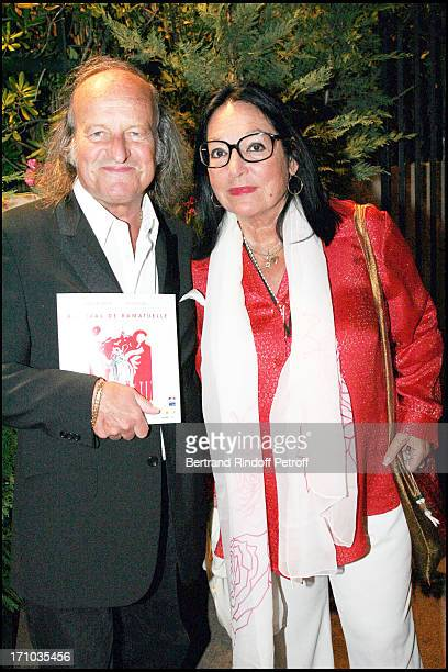 Nana Mouskouri and Andre Chapelle 23rd Ramatuelle fesitival in 2007 Every night the artists pay tribute to Jean Claude Brialy