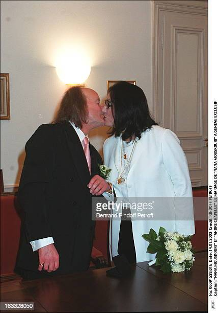 Nana Mouskouri and Andre Chapelle the wedding of Nana Mouskouri in Geneva bouquet of flowers kiss