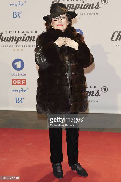 Nana Mouskouri attends the 'Das grosse Fest der Besten' tv show at Velodrom on January 7 2017 in Berlin Germany