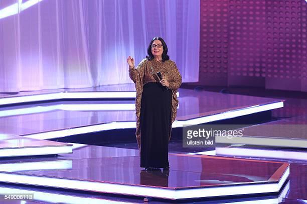 Nana Mouskouri die griechische Saengerin bei der TVShow 'Willkommen bei Carmen Nebel' aus Braunschweig
